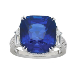 Silverhorn large sapphire ring