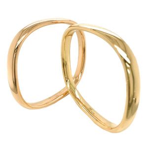 Silverhorn Jewelers 18 karat gold square bangle bracelets