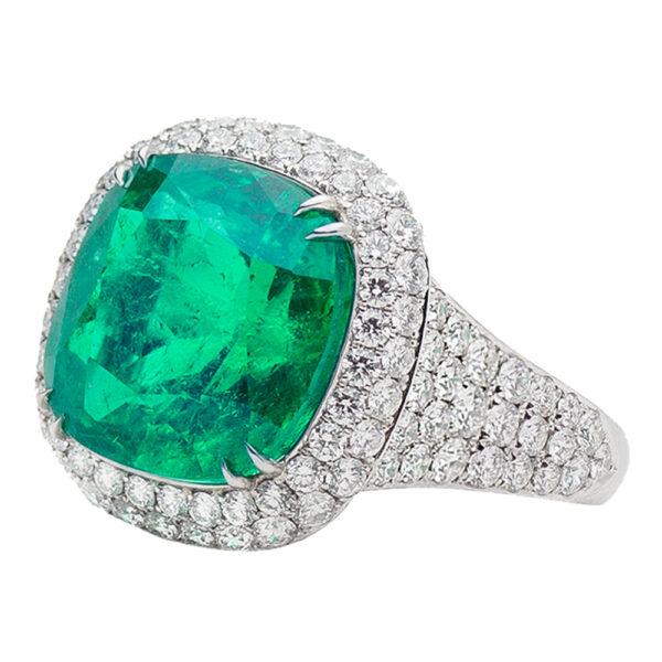 Silverhorn Jewelers platinum emerald ring